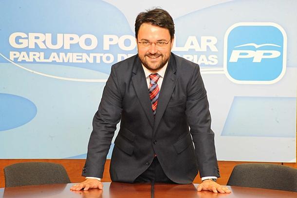 Asier Antona, secretario general del PP de Canarias  y Presidente del Grupo Popular en el parlamento regional. | JAVIER GANIVET