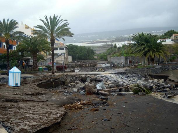 El barranco de Guía de Isora en su desembocadura en Playa de San Juan. | DA
