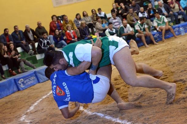 Domingo Sánchez, Pollo de La Gallega, está cuajando una excelente temporada en las filas del Victoria. / MOISES PÉREZ