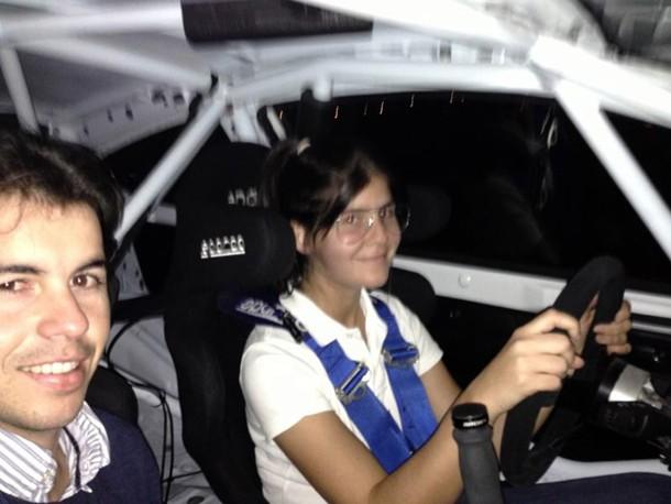 Emma Falcón y Enrique Cruz, durante un ensayo con el Ford Fiesta R2. / DA