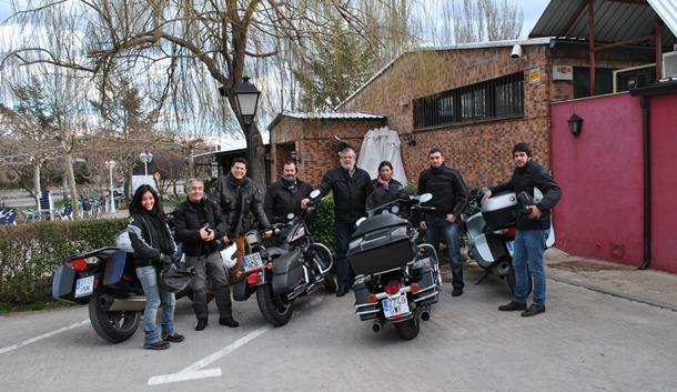 Grupo motero con el que DIARIO DE AVISOS compartió una espectacular ruta de EspañaenMoto.com. / DA