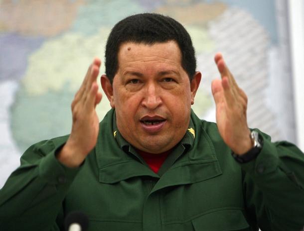 El presidente venezolano, Hugo Chávez, durante un consejo de ministros celebrado en el Palacio de Miraflores.   EFE