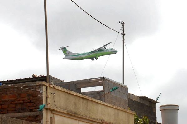 Se debe garantizar que las alturas no son problema para la aviación. | DA