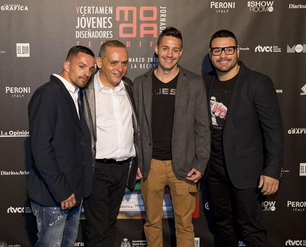 Zeben Díaz, Efraín Medina, Juan Carlos López e Ibrahim López, en el certamen de Jóvenes Diseñadores. | DA