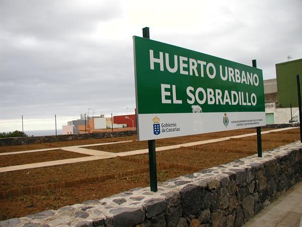 Imagen de algunas de las parcelas disponibles para los huertos en el barrio de El Sobradillo. | DA