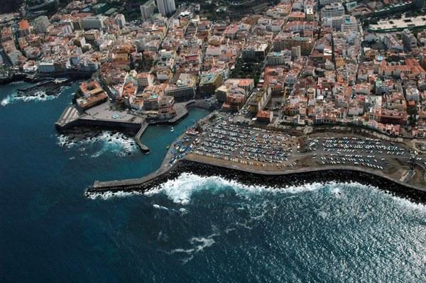 El espacio dedicado al futuro muelle contempla el atraque de unas 250 embarcaciones deportivas. | M. PÉREZ