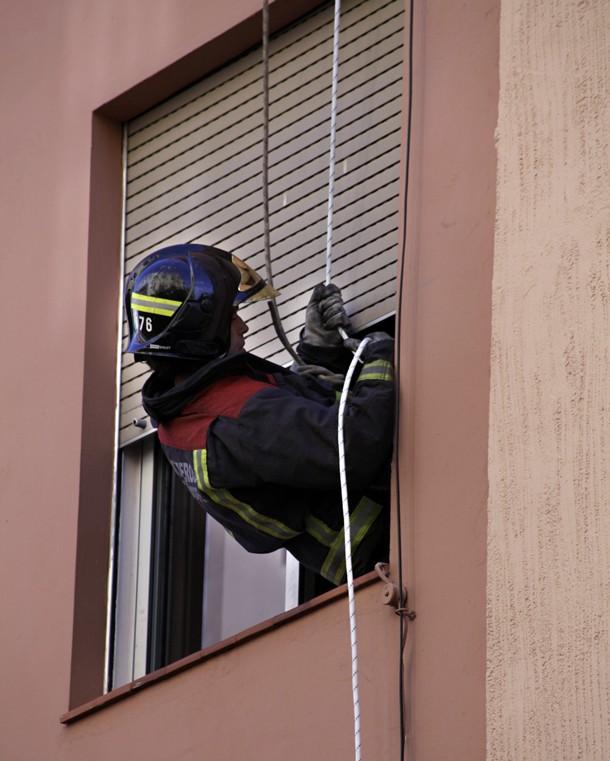 Solo fue posible entrar por la ventana. / ÓSCAR MARTÍN