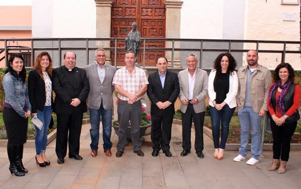 El antiguo convento franciscano de Granadilla acogió la presentación de la VIII Ruta del Hermano Pedro. | DA
