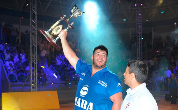 El orotavense se anota el título de campeón de campeones, después de tumbar en la gran final a Óliver Gil,