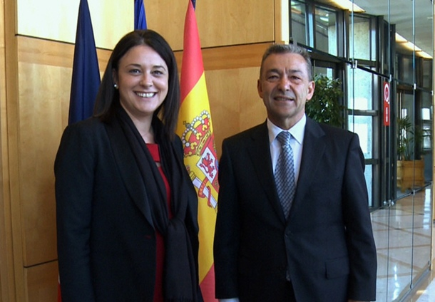 Paulino Rivero, durante su entrevista de ayer en París con la ministra gala de Turismo, Sylvia Pinel. | DA