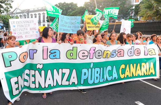 PROTESTA EDUCACIÓN PÚBLICA CANARIAS