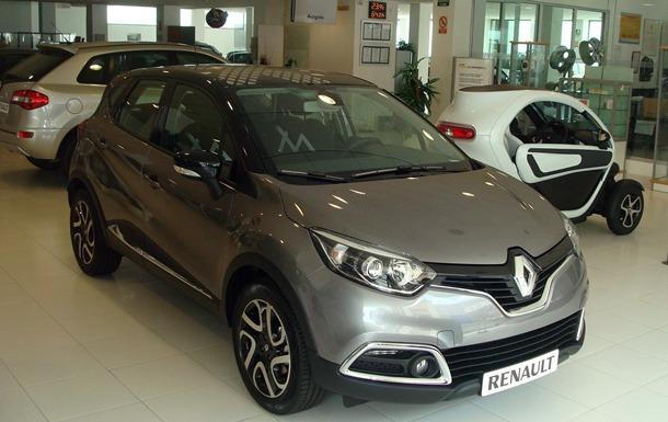El nuevo crossover urbano de Renault, en Motor Arisa. /  MOTORCHICHARRERO.COM