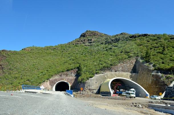 La idea es poner en servicio al principio solo uno de los dos tubos del túnel. / MOISÉS PÉREZ