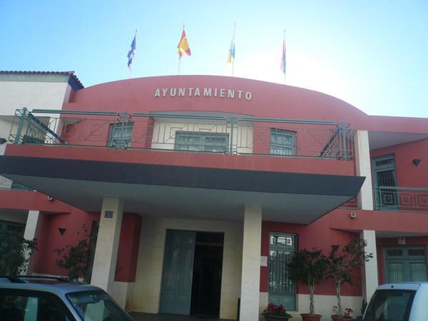 Ayuntamiento de Fasnia, uno de los tres de Tenerife con la deuda a cero. | DA