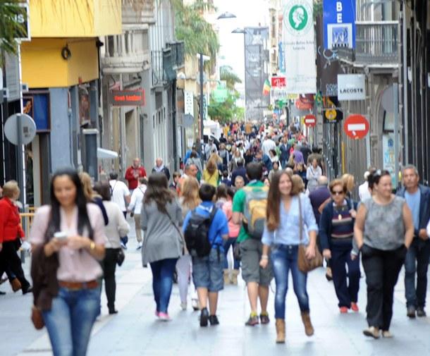 Segura aboga por poner en valor el patrimonio de la ciudad como pilar básico de la promoción turística. | DA