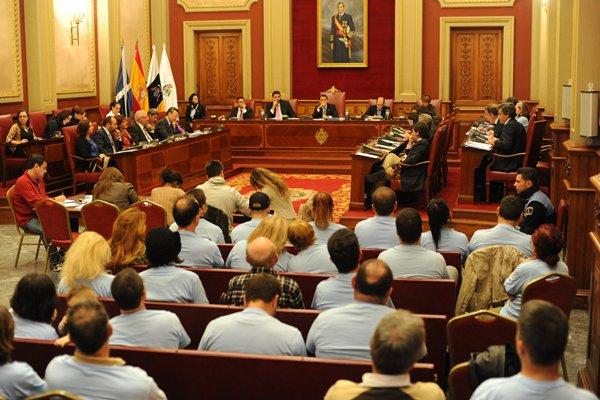 Pleno en el Ayuntamiento de Santa Cruz de Tenerife. | SERGIO MÉNDEZ