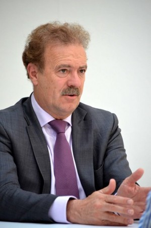 Manuel Campo Vidal.   MOISÉS PÉREZ