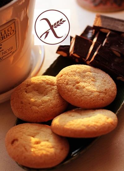 Sello sin glúten en unas galletas.   DA