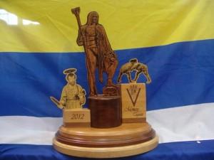 Trofeo Mencey Tegueste que será entregado a Sotero Díaz este viernes. | DA