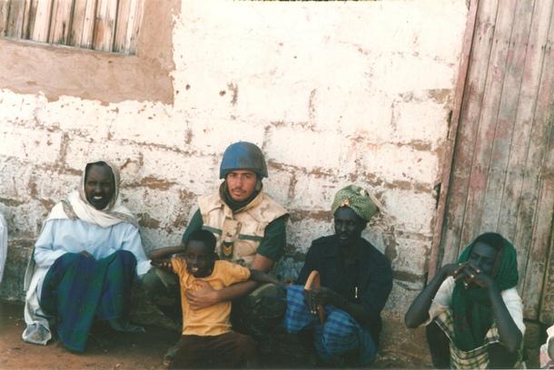 Alfredo Zizzi como miembro del Cuerpo de Paz de Naciones Unidas en Somalia