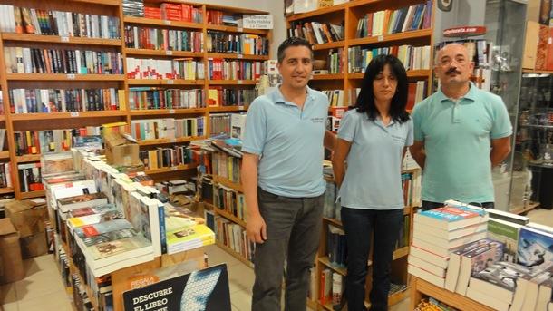 Alfredo Zizzi en la librería Todo Hobby La Clave de Adeje