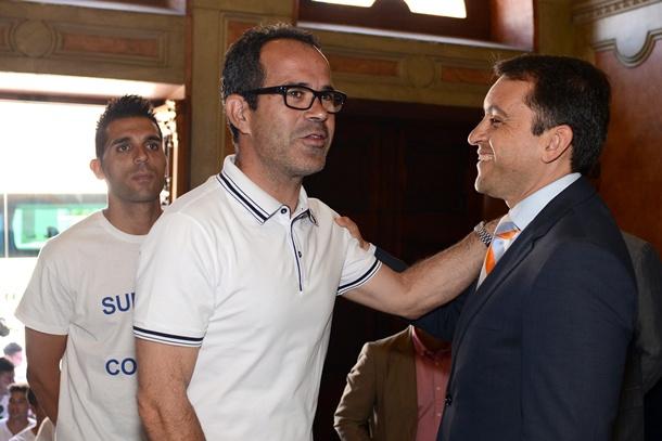 Alvaro Cervera y Jose Manuel Bermudez visita Ayuntamiento Santa Cruz