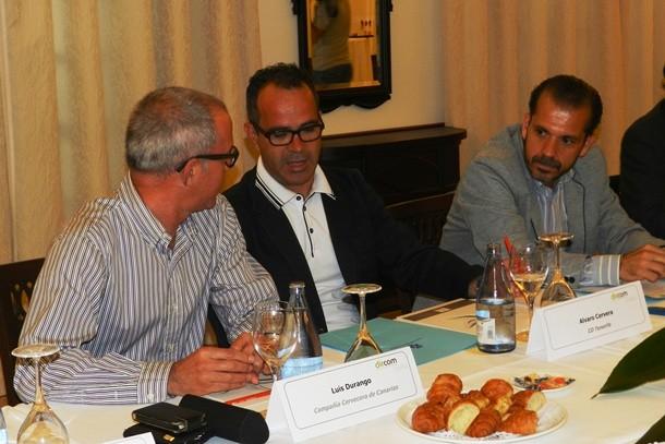 encuentro-coloquio sobre Deporte y Comunicación, organizado por Dircom Canarias.