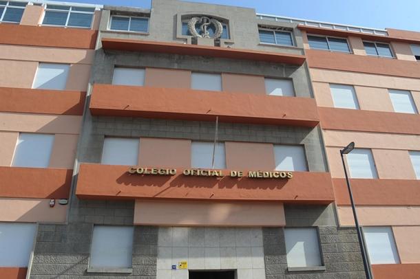 Fachada del Colegio de Médicos de Tenerife
