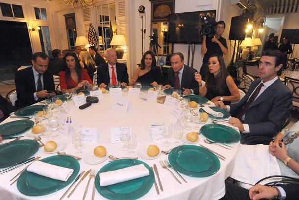 Soria y Margallo con empresarios CLUB OLIVER