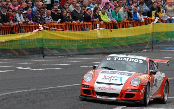 Juan Francisco 'Chicho' Acosta en su Porsche 911 GT3