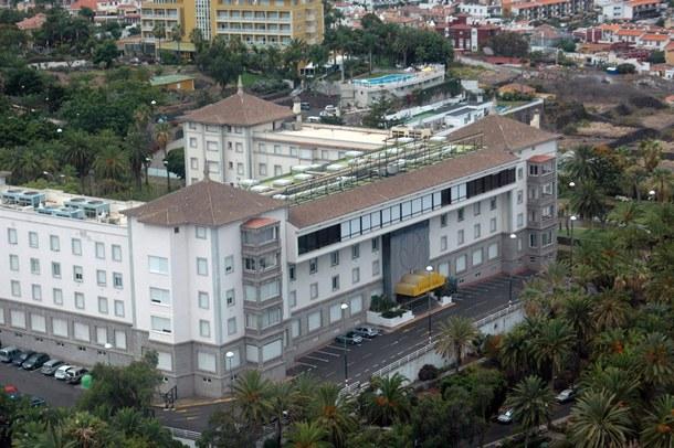 Vista del antiguo Hotel Taoro, y posteriormente Casino, de Puerto de la Cruz