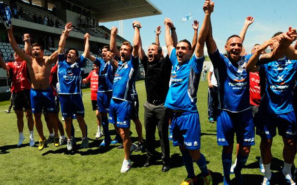 La fecha del 2 de junio será recordada como la del regreso al fútbol profesional en Hospitalet de Llobregat. | MOISÉS PÉREZ