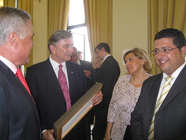 Cejas, Korchagin, Shuvalova y González, durante la reunión mantenida en la Embajada de Rusia en Madrid. / DA
