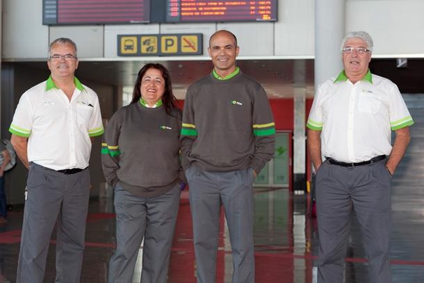 nuevos uniformes trabajadores Titsa
