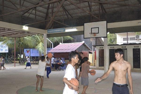 El hogar de PSE está en una de las zonas más pobres de Phnom Penh. / DA
