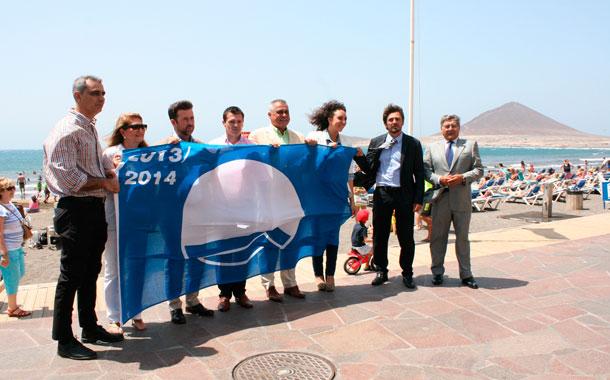 Cejas invita a los empresarios a usar la nueva oficina de for Oficina turismo canarias
