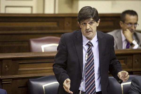 Javier González Ortiz, consejero de Economía, Hacienda y Seguridad del Gobierno de Canarias. | DA
