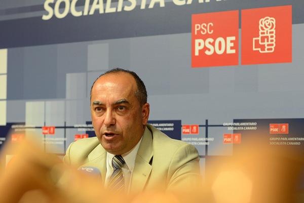 Julio Cruz, secretario de Organización del PSOE canario
