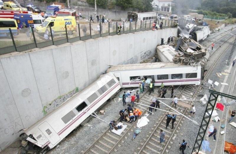 Imágen de archivo del accidente de tren en Santiago de Compstela. | EFE