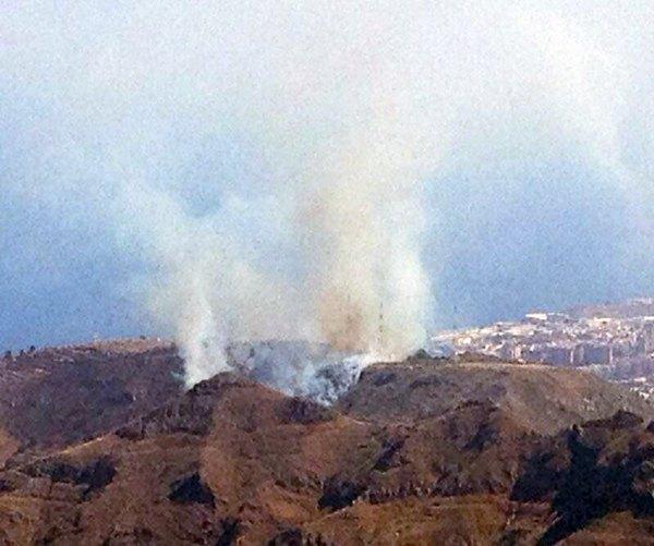 Imagen del incendio de Los Campitos. | @PoliciaLocalSC