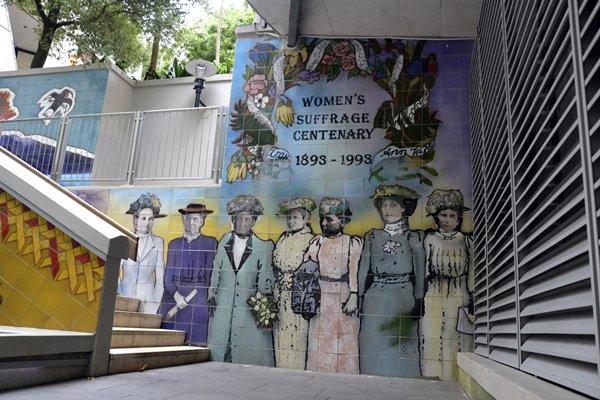 Plaza conmemorativa en Auckland de las primeras mujeres que votaron