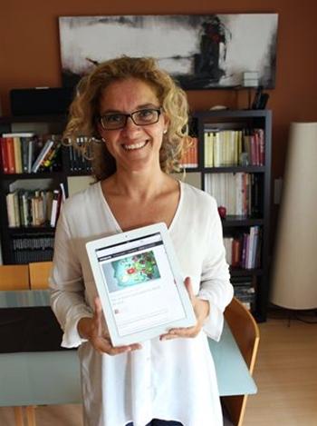 Elena Alfaro recogida firmas reutilización libros de texto