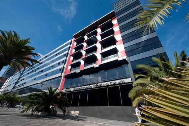 El ces plantea un aumento de las competencias tributarias for Oficina tributaria canaria