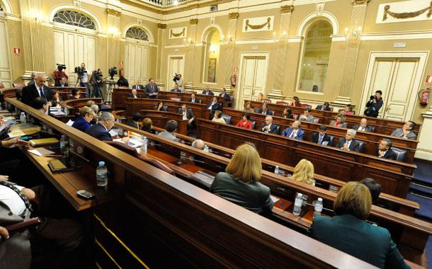 Sesión Parlamento Canarias