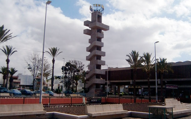Ten Bel está entre Costa del Silencio y Las Galletas y fue una urbanización pionera en el turismo. / N. DORTA