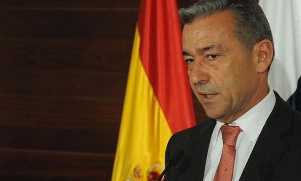 """Paulino Rivero: """"Canarias avanza con paso firme hacia la recuperación"""""""