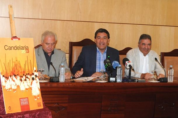 Gumersindo Trujillo presentación programa fiestas Candelaria