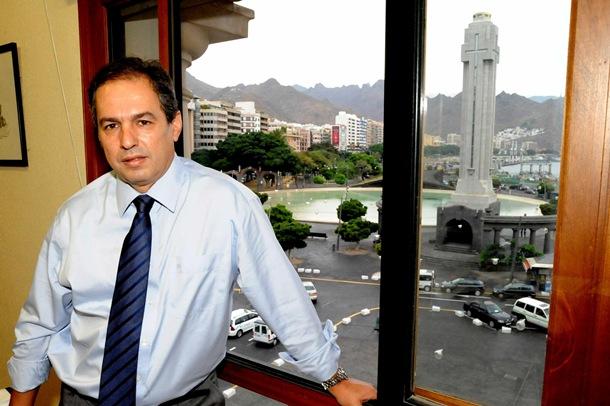 José Luis Delgado consejero de carreteras en el cabildo