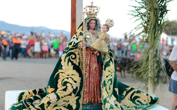 La Virgen, en el llano donde apareció hace 510 años. / S.MÉNDEZ
