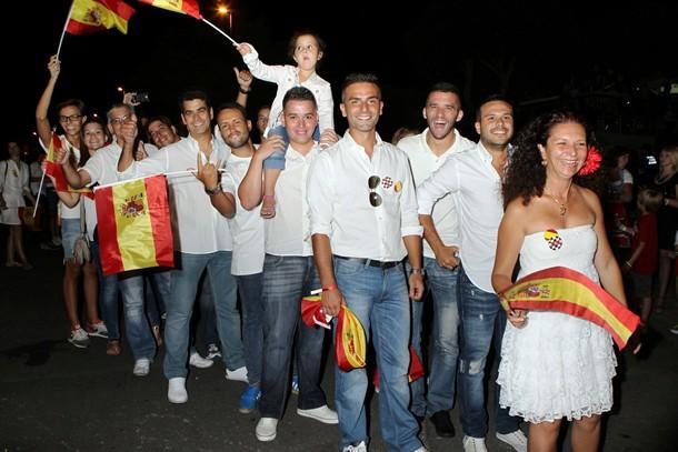 Delegación española durante el desfile.